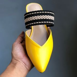 Shoes - Yellow Pointed Flat Slip On Flat Mules